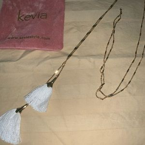 Kevia tassel necklace with pink  bag